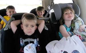 Niños de viaje